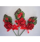 BASTELSETS / CRAFT KITS: 3 MIni red rose bouquets with ribbon. - Copy