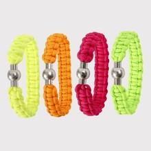 Craft Kit: set di materiali per 1 braccialetto intrecciato fatti di spessore, cavo macramè color neon-