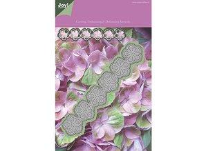 Joy!Crafts und JM Creation Estampación y corte de la plantilla