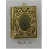 Embellishments / Verzierungen 2 photo pendants, book