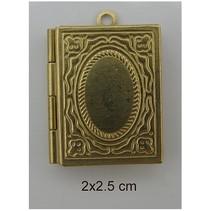 2 photo pendants, Buch