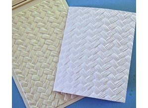 Spellbinders und Rayher 3D embossing stencil, M-Bossabilities, Basket Weave, 12.7 x 17.8 cm, 1 designs.