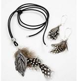 Embellishments / Verzierungen Guinea plumas de aves de corral, alrededor de 100 pc., Nature, 3 g