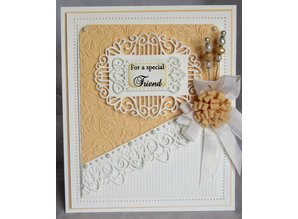 Creative Expressions Stamping and embossing stencil, Dainty Oval Frame