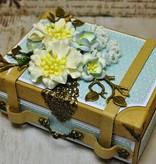 Objekten zum Dekorieren / objects for decorating 2 nostálgico de mini maleta de cartón fuerte.