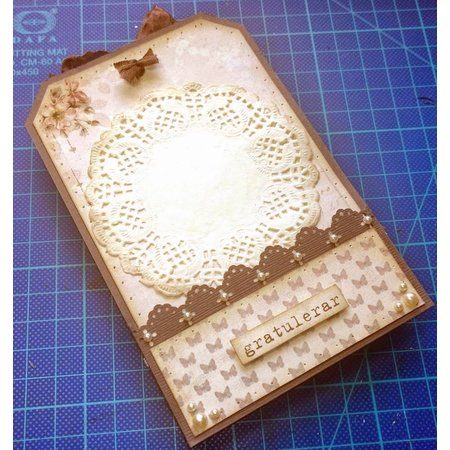 Objekten zum Dekorieren / objects for decorating 5 labels, size 8x13 cm, hole size 6x20