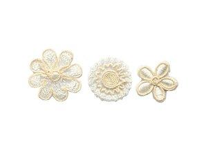 Embellishments / Verzierungen Broderede blomster i et eksklusivt look