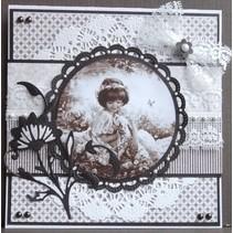 Prægning og Schneideshablone, dekorativ ramme
