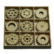 Tandwielen 30 delen in een houten doos !! 10.5 x 10.5 cm