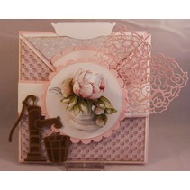 Cutting en embossing stencils, Romance collectie, oude waterpomp