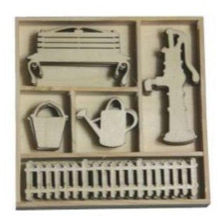 Objekten zum Dekorieren / objects for decorating Box Botanical Summer - Wasserpumpe, Gartentor 25 Teile