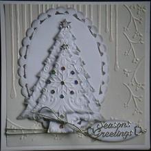 Nellie snellen Punzonatura e modello di goffratura Nellie`s Multi telaio, l'albero di Natale