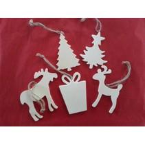 5 forskellige julemotiver lavet af træ + 1 træ slæde ekstra!