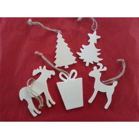 Objekten zum Dekorieren / objects for decorating 5 verschillende kerst motieven van hout + 1 houten slee EXTRA!