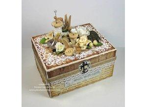 Spellbinders und Rayher Spellbinders Nestabilities Labels, punch template doilies, decorative frames and corner