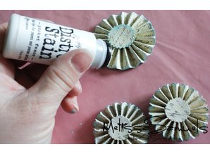 Sizzix Cutting and embossing stencils, Tim Holtz Alterations, Mini Paper Rosettes