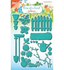 Joy!Crafts und JM Creation Punching and embossing stencil set, garden set