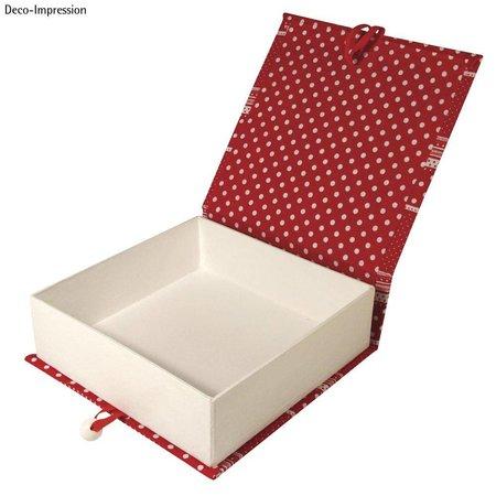 Objekten zum Dekorieren / objects for decorating Papmache hængslet låg kasse, 18x17,5x5,5 cm, indre del løs