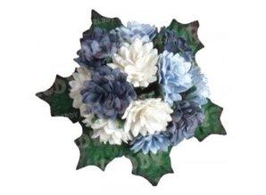 Embellishments / Verzierungen Bund Mini krysantemum med blade: h'blau, d'blå og hvid