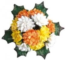 Embellishments / Verzierungen Bund Mini Crysanthemen con foglie: giallo, arancione e bianco