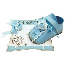 Joy!Crafts und JM Creation Stamping template: 3D baby shoes
