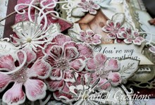 Heartfelt Creations aus USA Stamp Set + matching stamping and embossing stencil