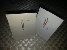 Sizzix scatola di base con Brad e filo