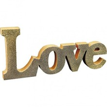 Objekten zum Dekorieren / objects for decorating Decoration word: LOVE
