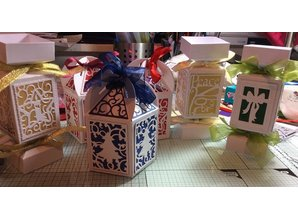 TONIC SET Tonic, punching and embossing stencils, Box + 4 Christmas frame!