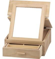 Objekten zum Dekorieren / objects for decorating caja de joyería, hecho de madera para la decoración.