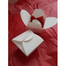 Punching and embossing template: gift boxes, boxes