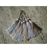 Embellishments / Verzierungen Tassel in Silber