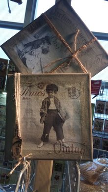 DECOUPAGE AND ACCESSOIRES 4 designer napkins in vintage design, boys