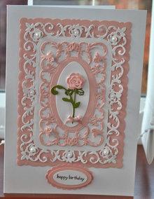 Spellbinders und Rayher modello di punzonatura: cornice decorativa + Rose
