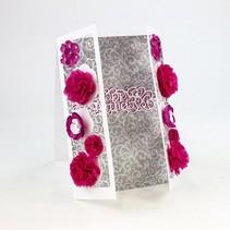 Stempelen en embossing sjabloon: filigraan decoratieve grens met bloemen