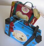 Holz, MDF, Pappe, Objekten zum Dekorieren 2 Nostalgische Mini Köfferchen, aus starkem Karton.