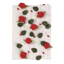 Embellishments / Verzierungen rød rose krans med blade + perler
