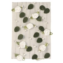Rose garland with leaves + pearl white