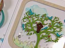 Spellbinders und Rayher árbol de troquelado y estampado con estarcido pájaros