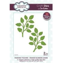 Stanzschablonen: 1 Zweige mit Blätter und 1 im Spiegelbild