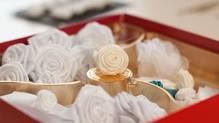 BLUMEN (MINI) UND ACCESOIRES Rose di stoffa, 2 pezzi