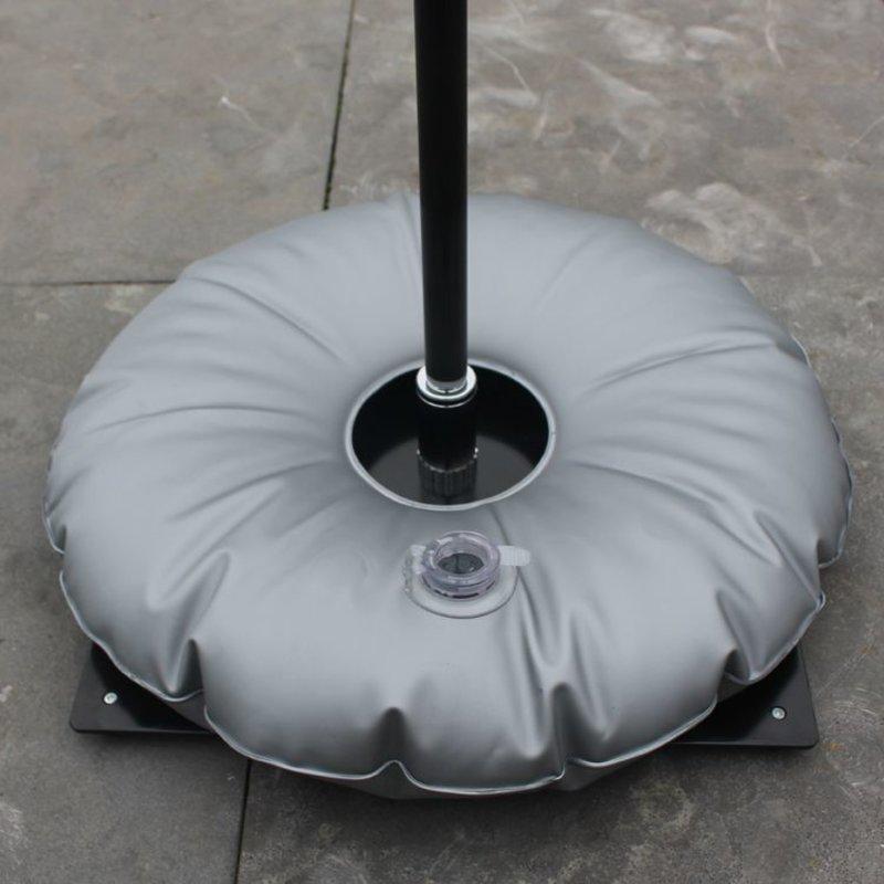 Markplatta, svart med vattenväska grå