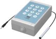 El detector de temperatura Mobeye GSM permite al usuario siempre y en todas partes para obtener notificaciones de anomalías de temperatura y llevar a cabo acciones directas. Esta unidad se utiliza como un sensor de temperatura y el termostato. El Mobeye .