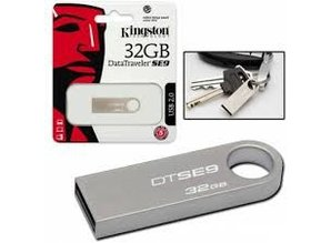 Kingston 32GB DataTraveler SE9