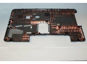 Toshiba Satellite C870D-116 bottom case