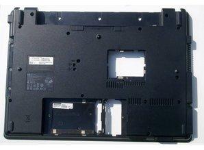 Hewlett Packard HP Compaq 6820s laptop onderkant typenummer: 6070B0212201