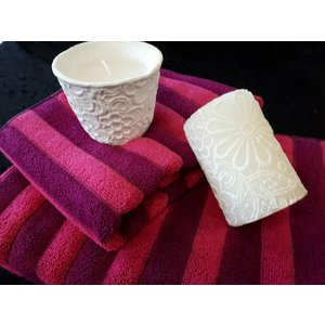 Giftset (Towels and candles)