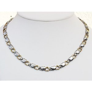H9035B Exklusive Magnetschmuck Halskette für Damen in Herzchenform