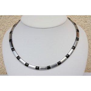 H9058B Magnetschmuck Halskette Silberfarben/schwarz
