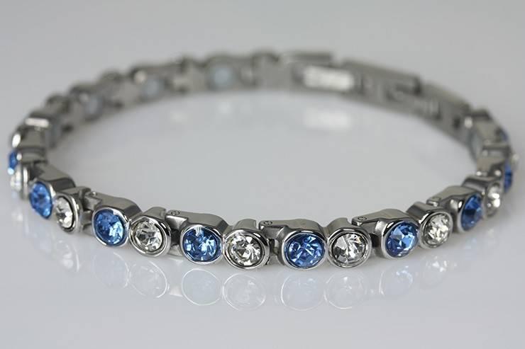 neu 8410a magnetschmuck armband mit zirkonia blau gscheid magnetschmuck. Black Bedroom Furniture Sets. Home Design Ideas